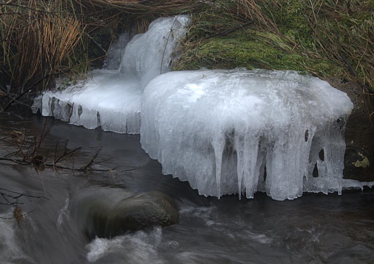iced-stone-1